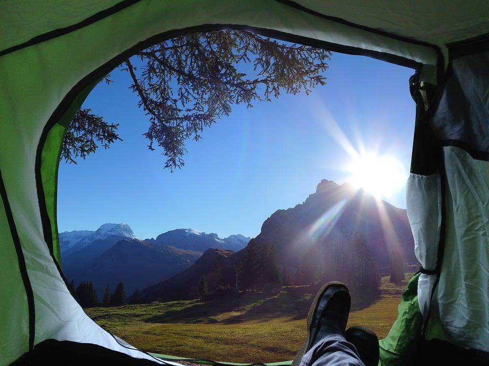Dachzelt Ratgeber – Alles was man über Zelten auf dem Dach wissen ...