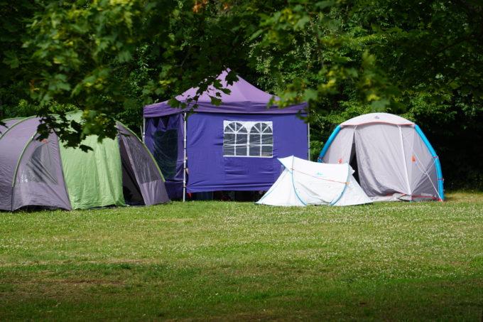 Campingburg mit Pavillion